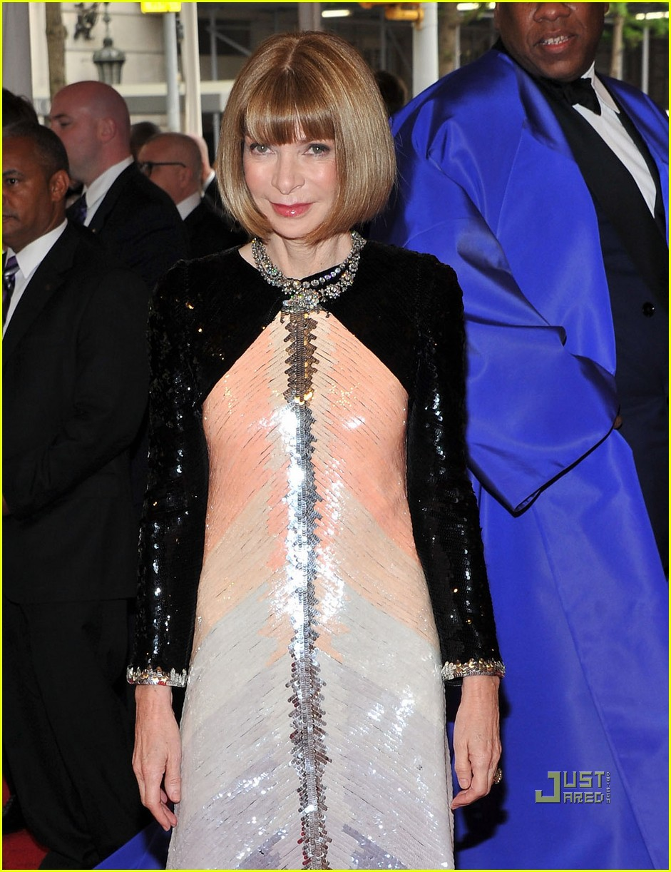 anna wintour met ball 2011 07