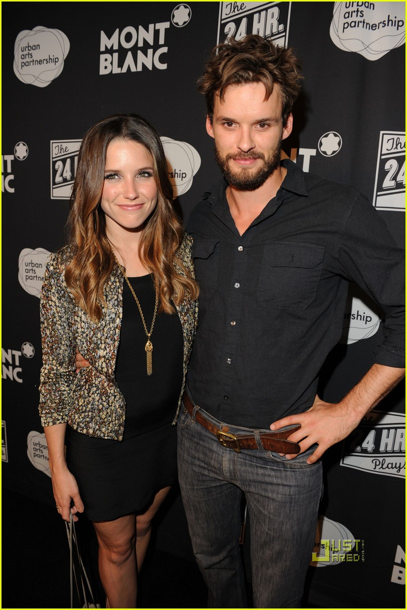 sophia bush austin nichols zachary levi 24 hour plays 06