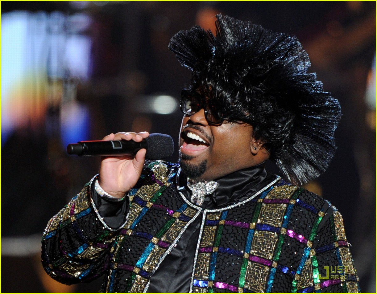 cee lo green drops out of rihanna tour 07