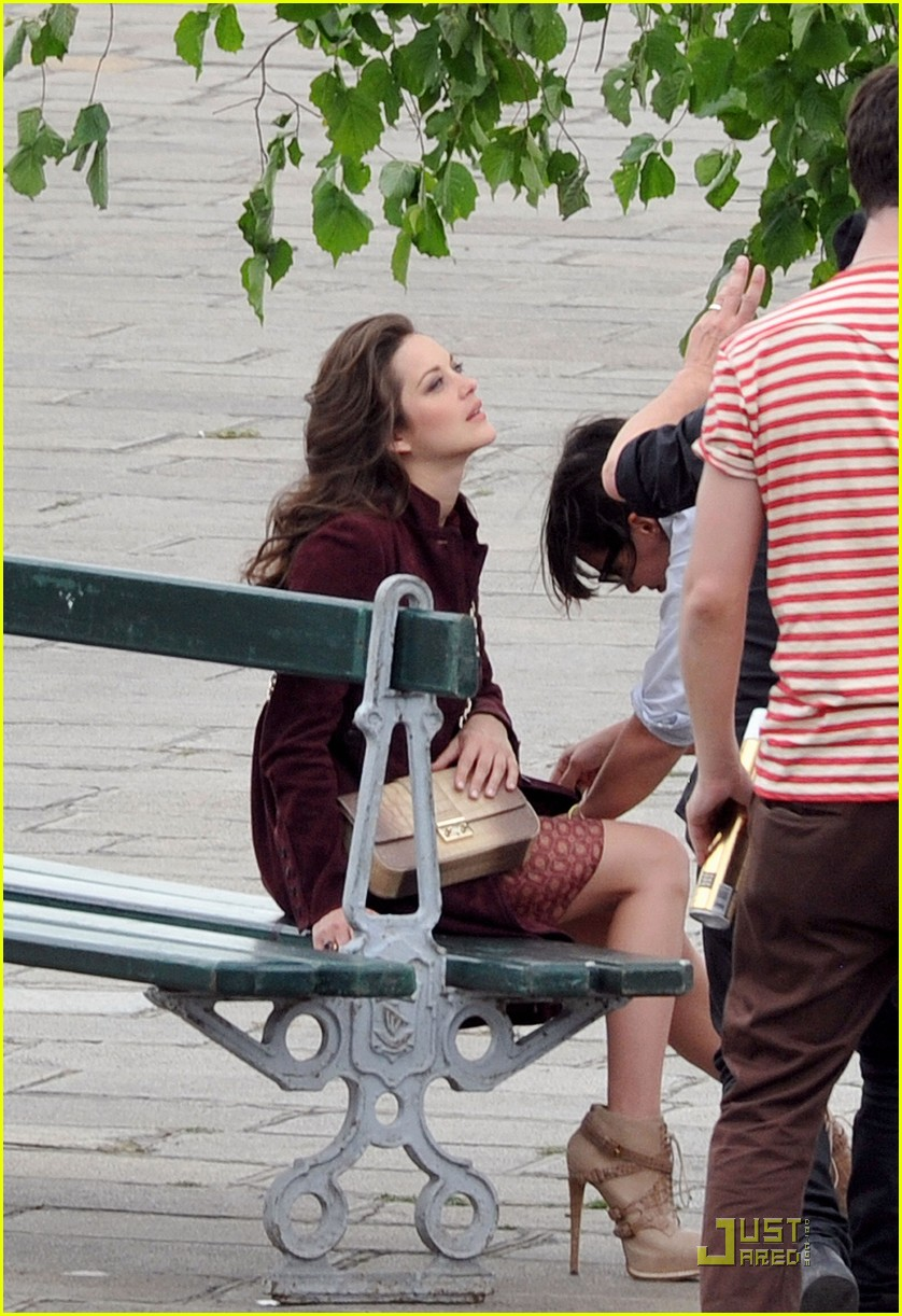 marion cotillard post baby body 12