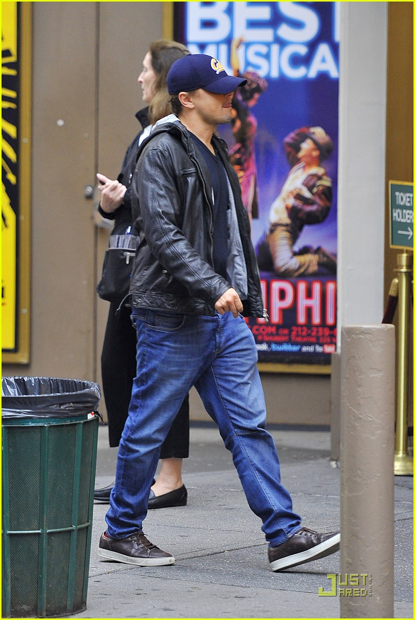 Full Sized Photo of leonardo dicaprio the mother with the hat 07 ... Mark Wahlberg
