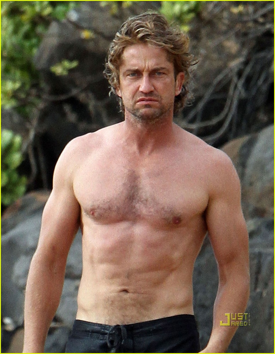 gerard butler shirtless surfing maui 05