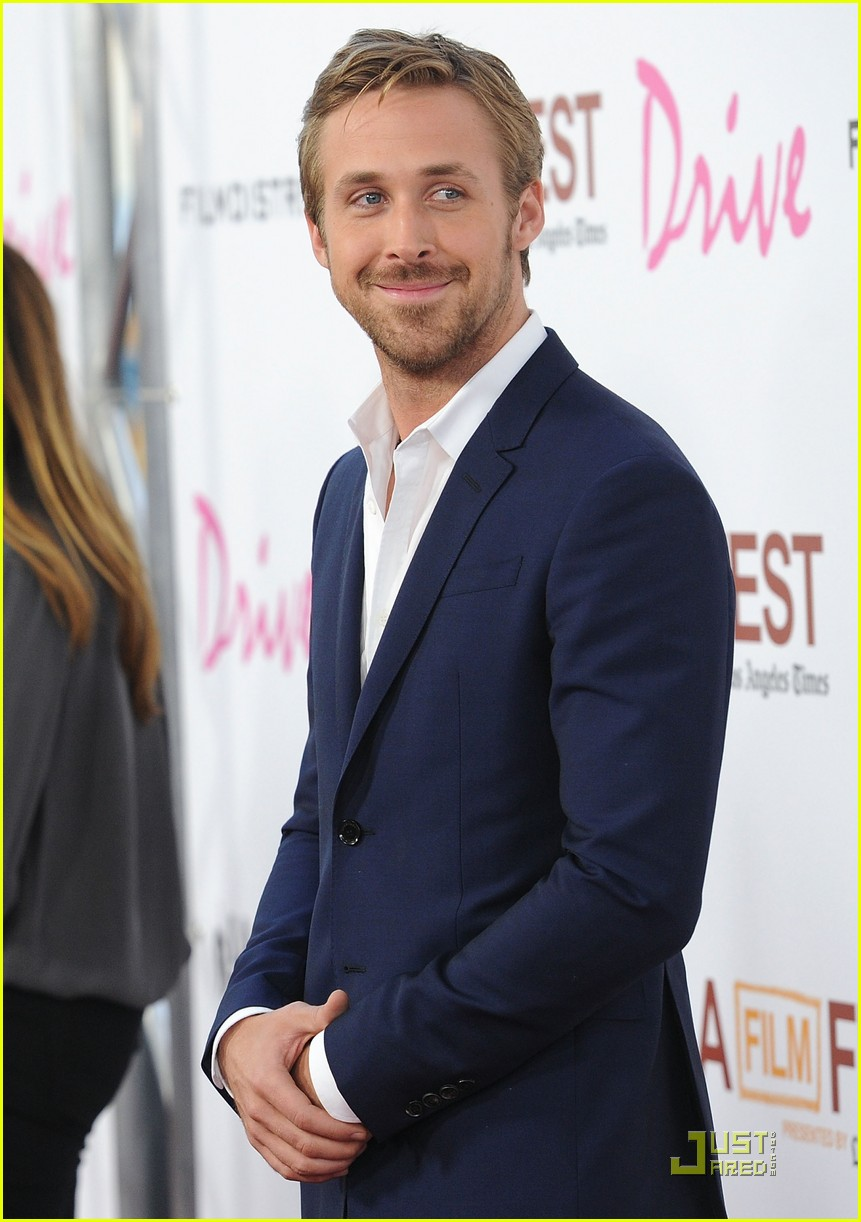 Ryan Gosling Suit Ryan-gosling-christina- ...