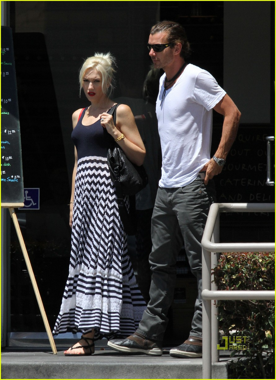 gwen stefani gavin kingston zuma checkup 012555852