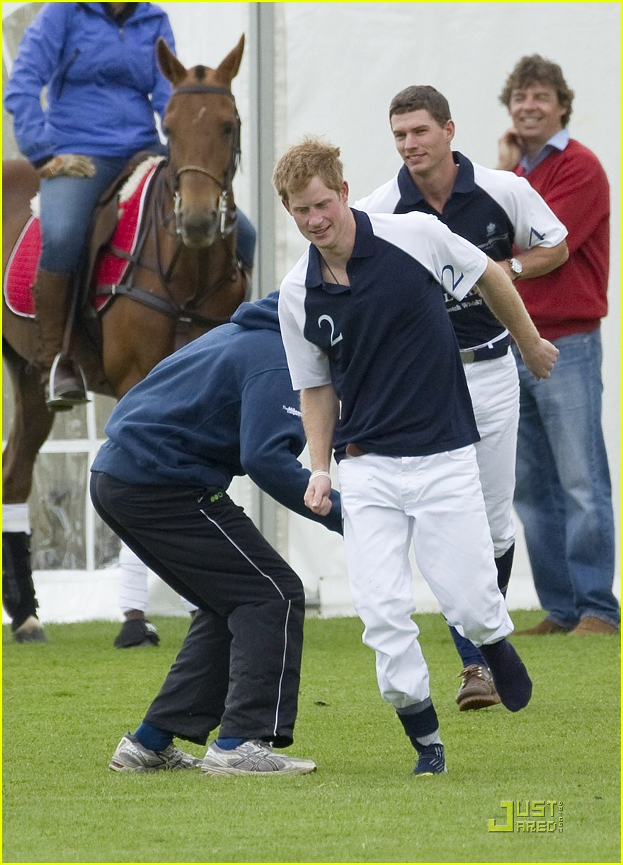 prince harry polo 04