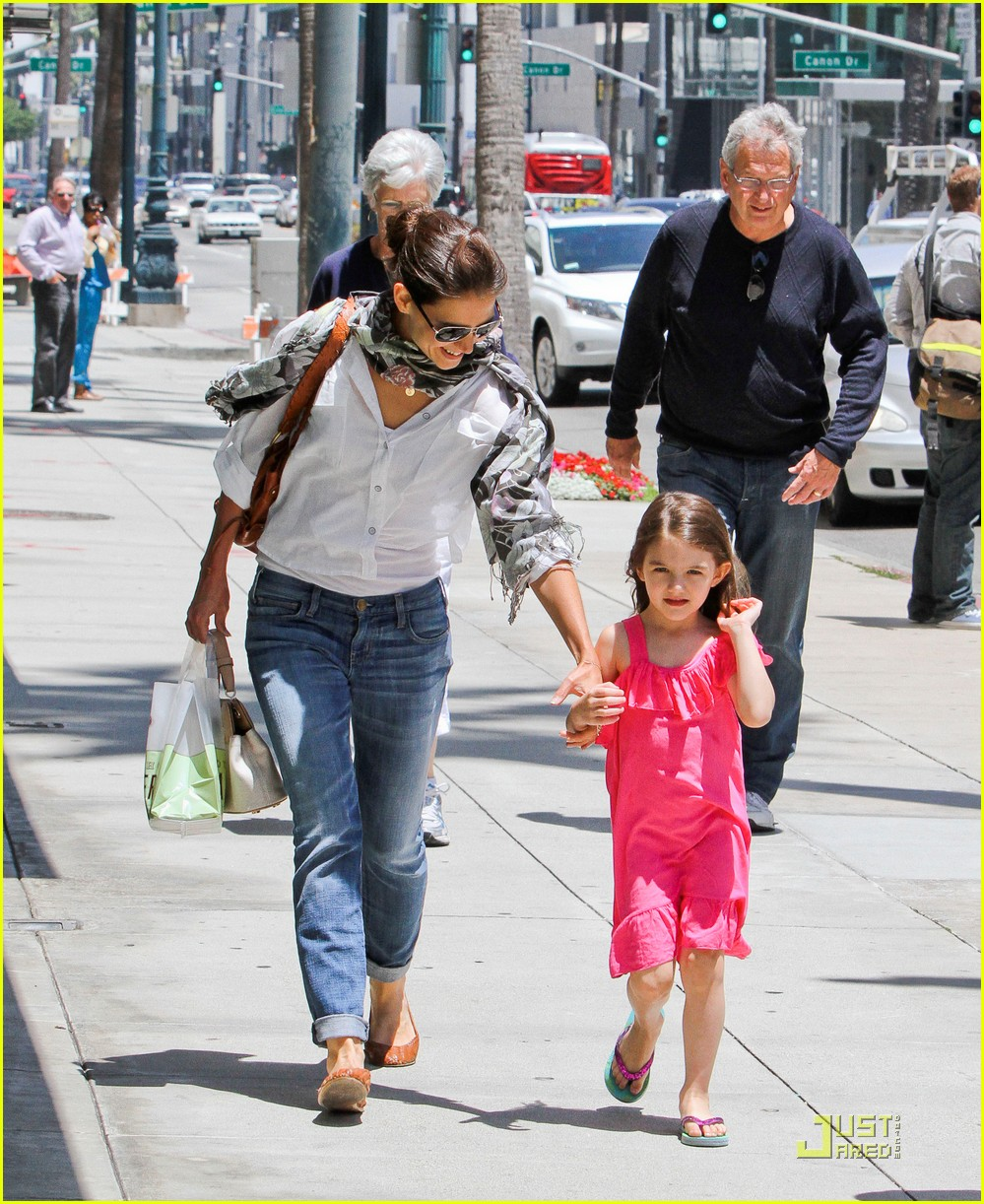 katie holmes suri run beverly hills 05