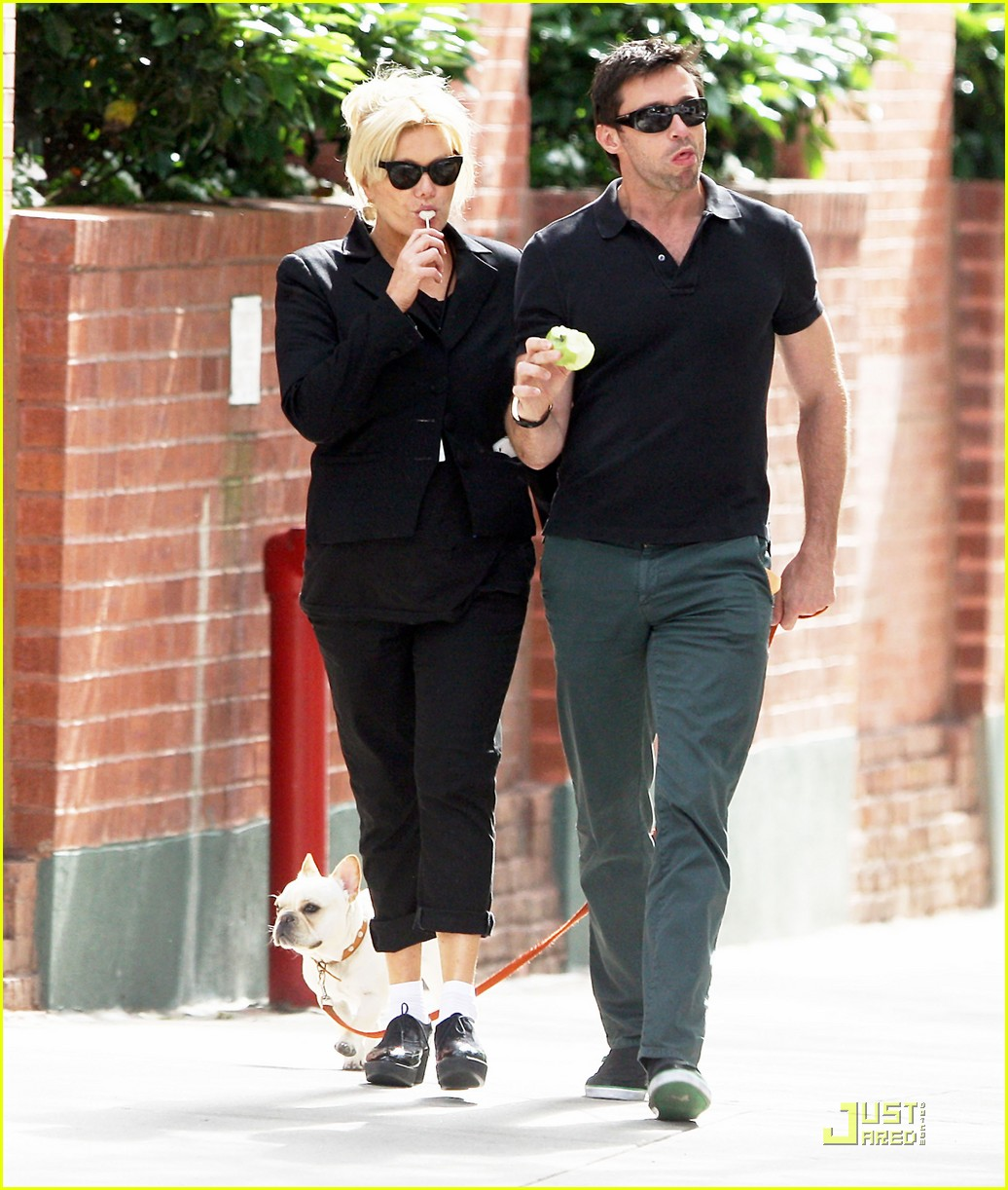 hugh jackman deborra lee furness dog 03