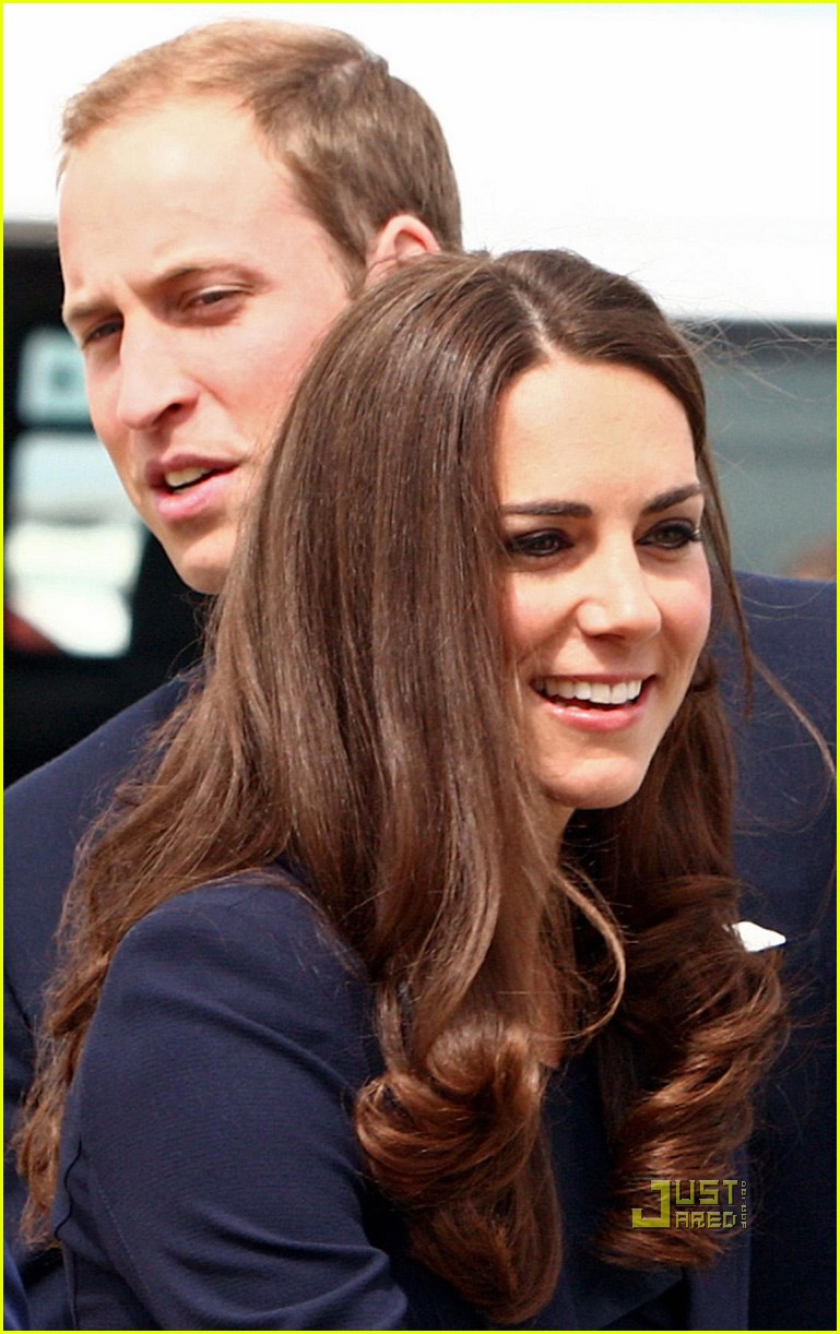 kate prince william fly to canada 08