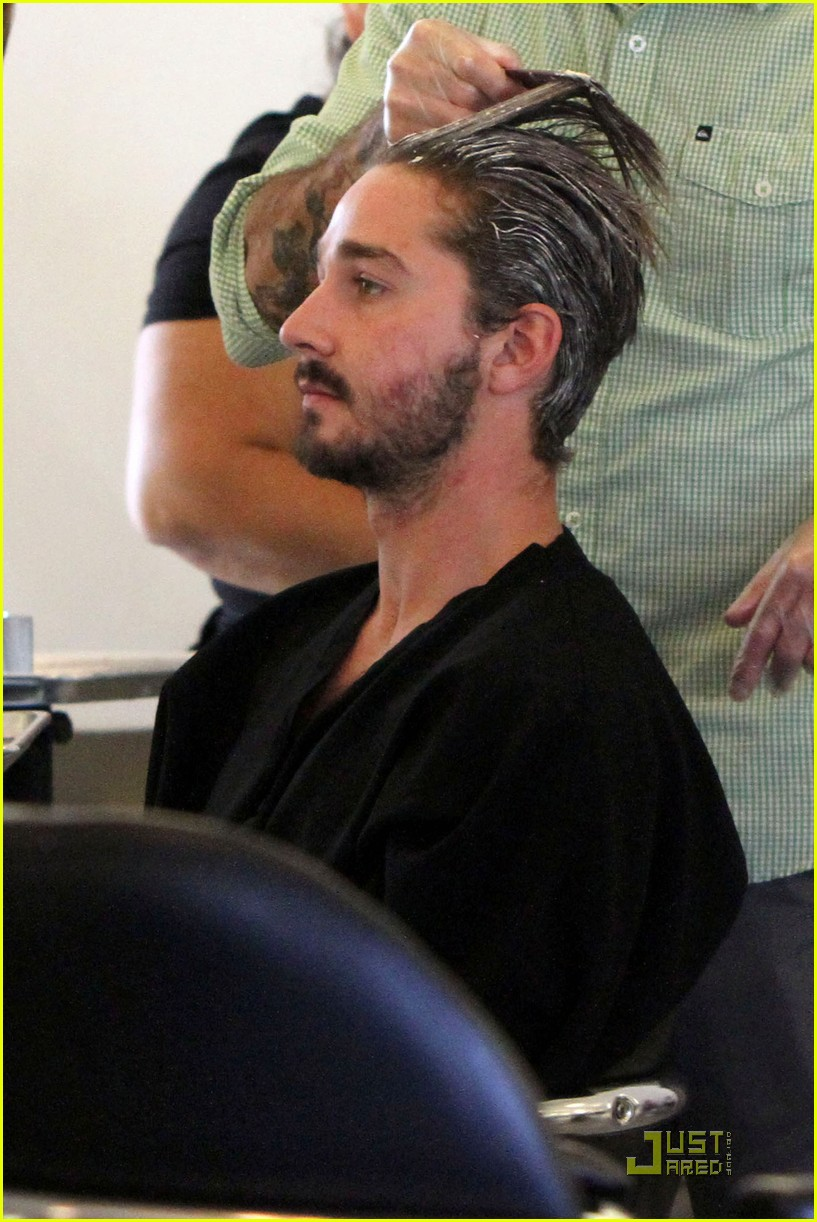 shia labeouf hair salon 01