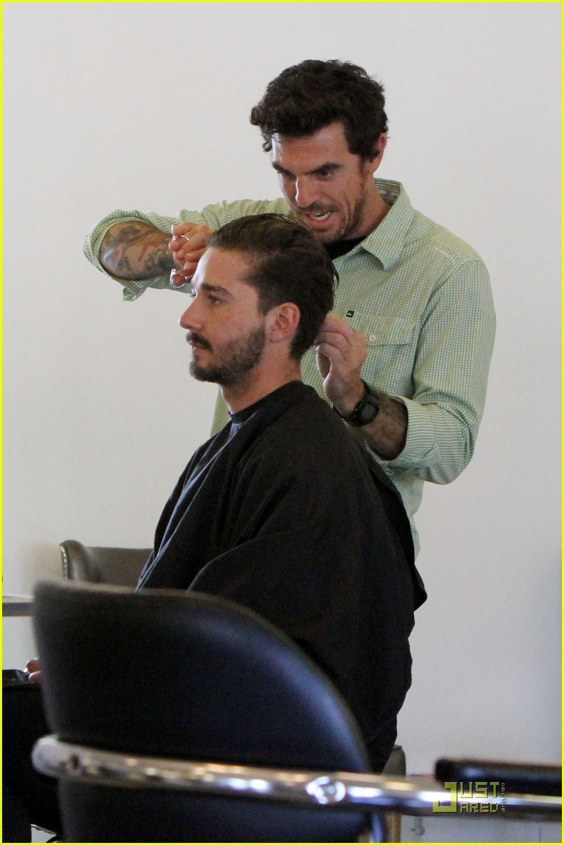 shia labeouf hair salon 09
