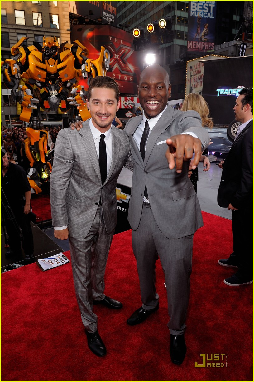 shia labeouf transformers nyc premiere 03