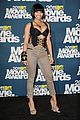 nicki minaj mtv movie awards with ashton kutcher 05