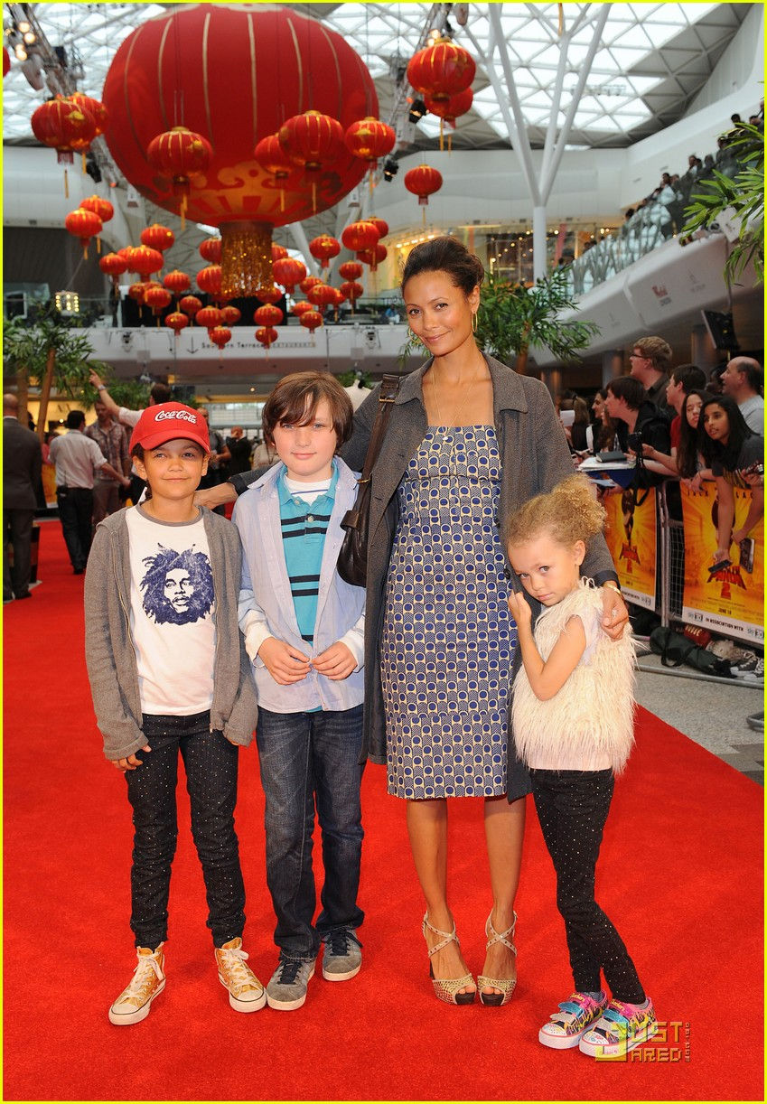 thandie newton kung fu panda 2 premiere with kids 09