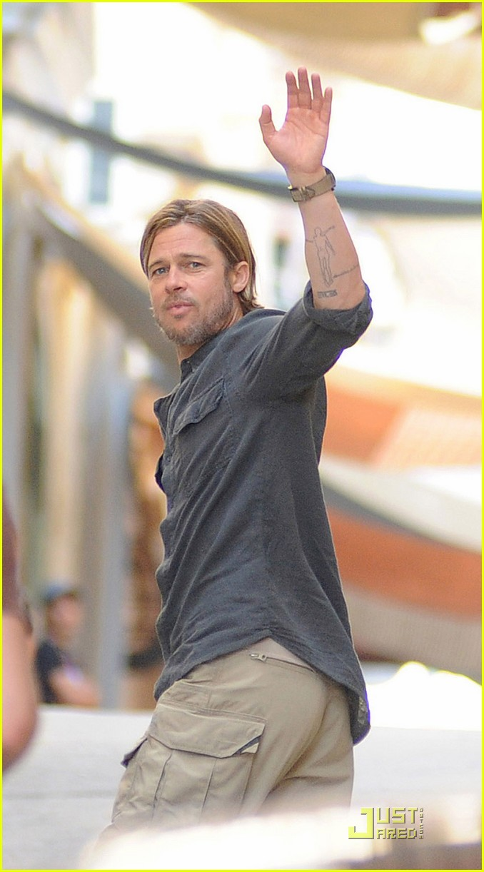 brad pitt world war z on set 072552697