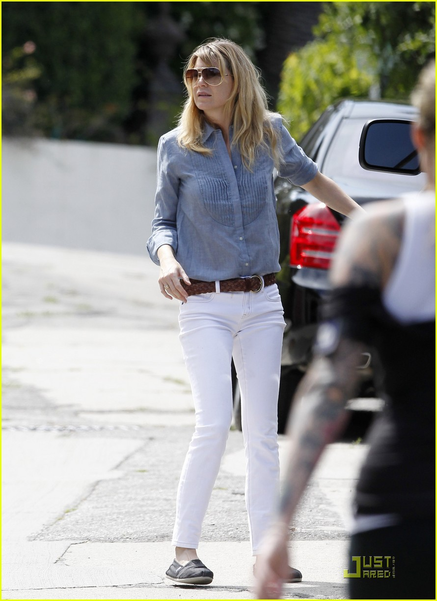 ellen pompeo stella car 05