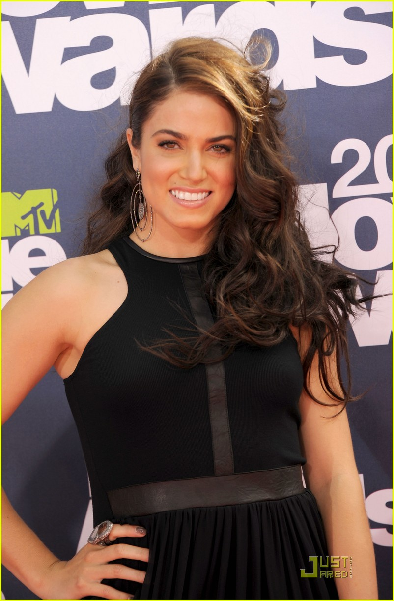 nikki reed mtv movie awards paul mcdonald 02