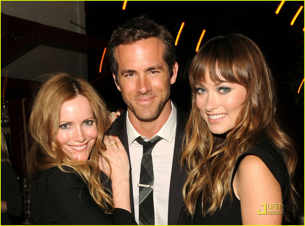 ryan reynolds olivia wilde celebrate details 02