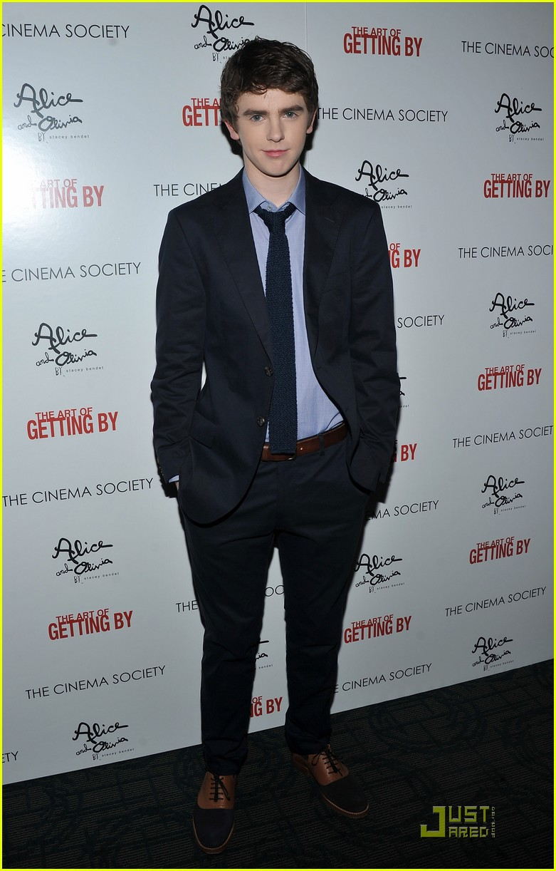 emma roberts freddie highmore art getting by screening 10