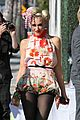 gwen stefani charity tea party 01