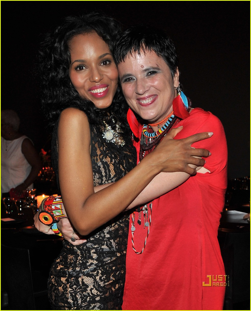 kerry washington thandie newton vday 022550976