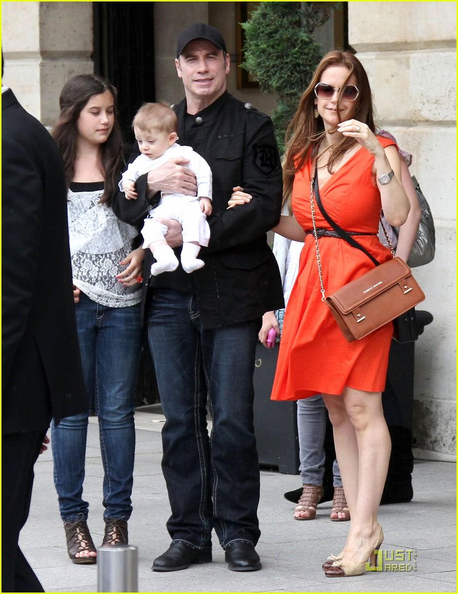 John Travolta & Kelly Preston: Paris with the Kids!: Photo