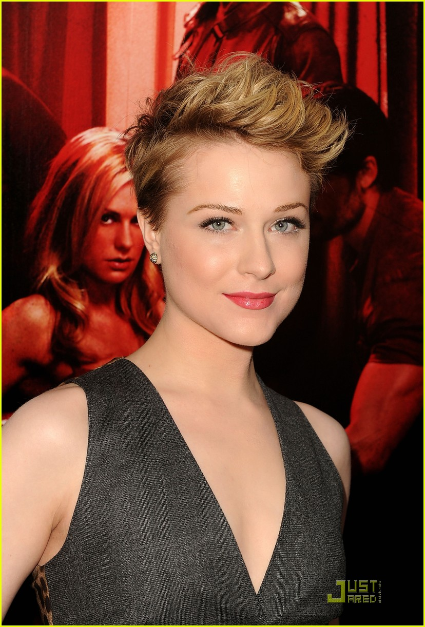 evan rachel wood true blood premiere 01