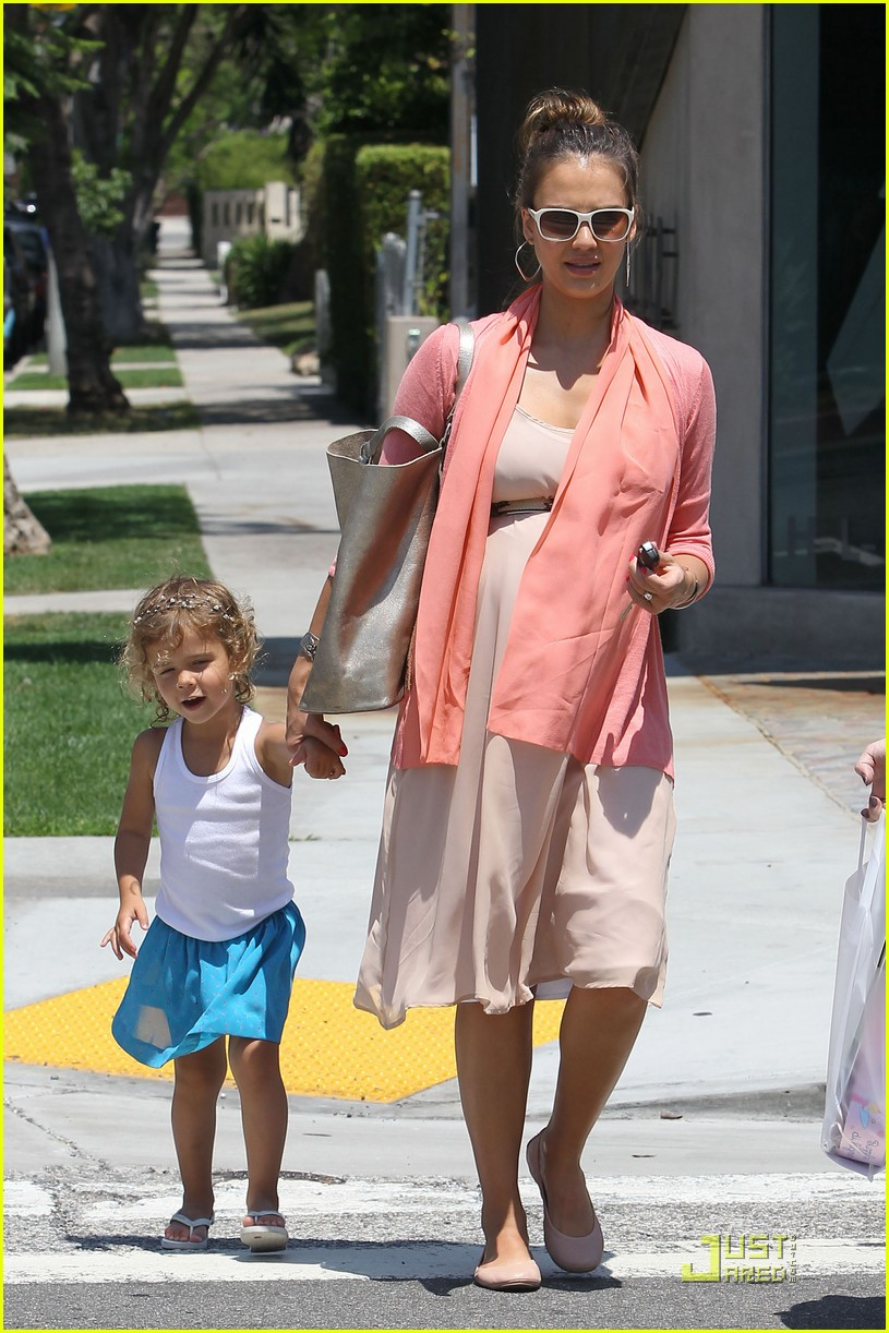 jessica alba honor bel bambini baby shopping 13