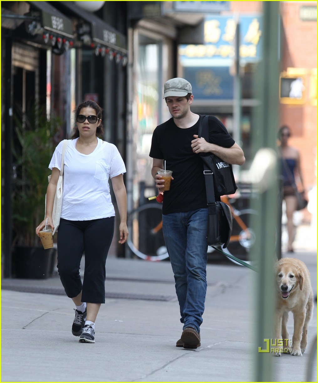 america ferrera ryan piers williams walking dog nyc 01