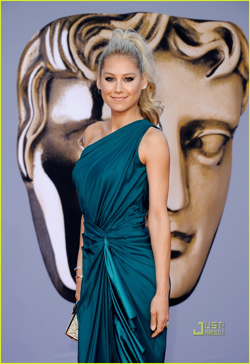 anna kournikova bafta brits to watch gala 02
