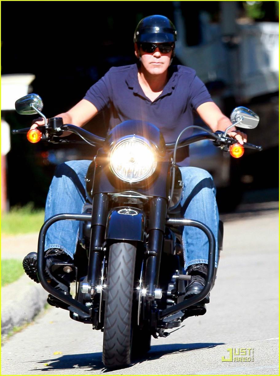 george clooney motorcycle 01