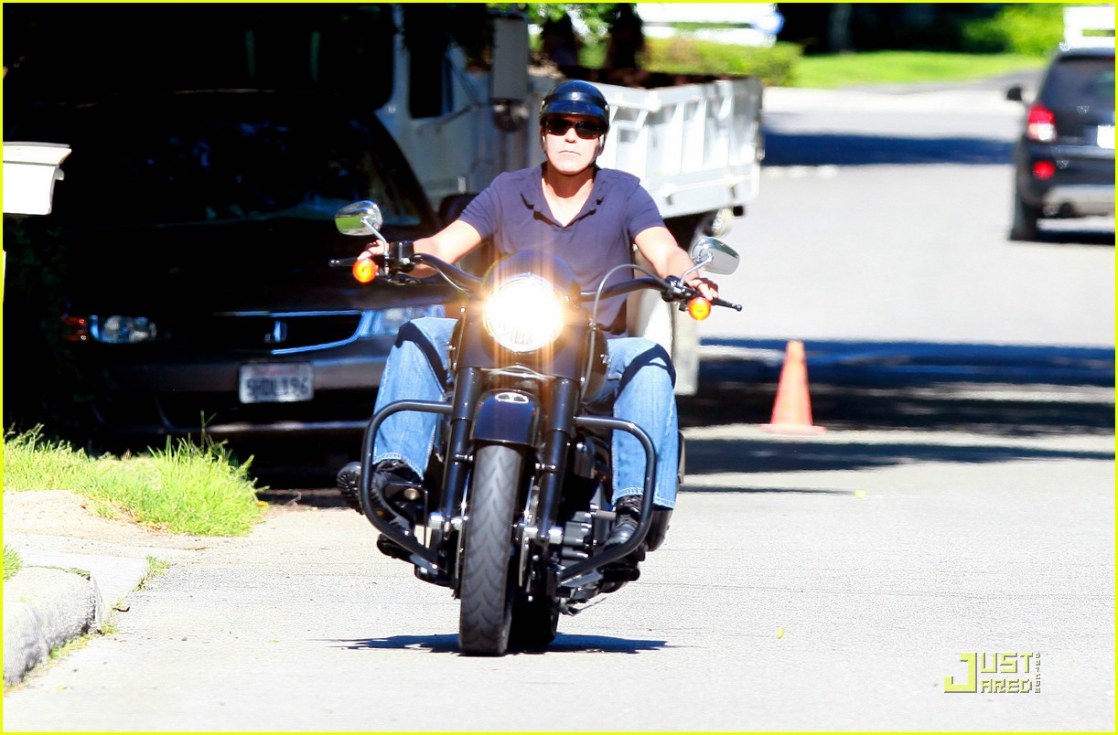 george clooney motorcycle 03