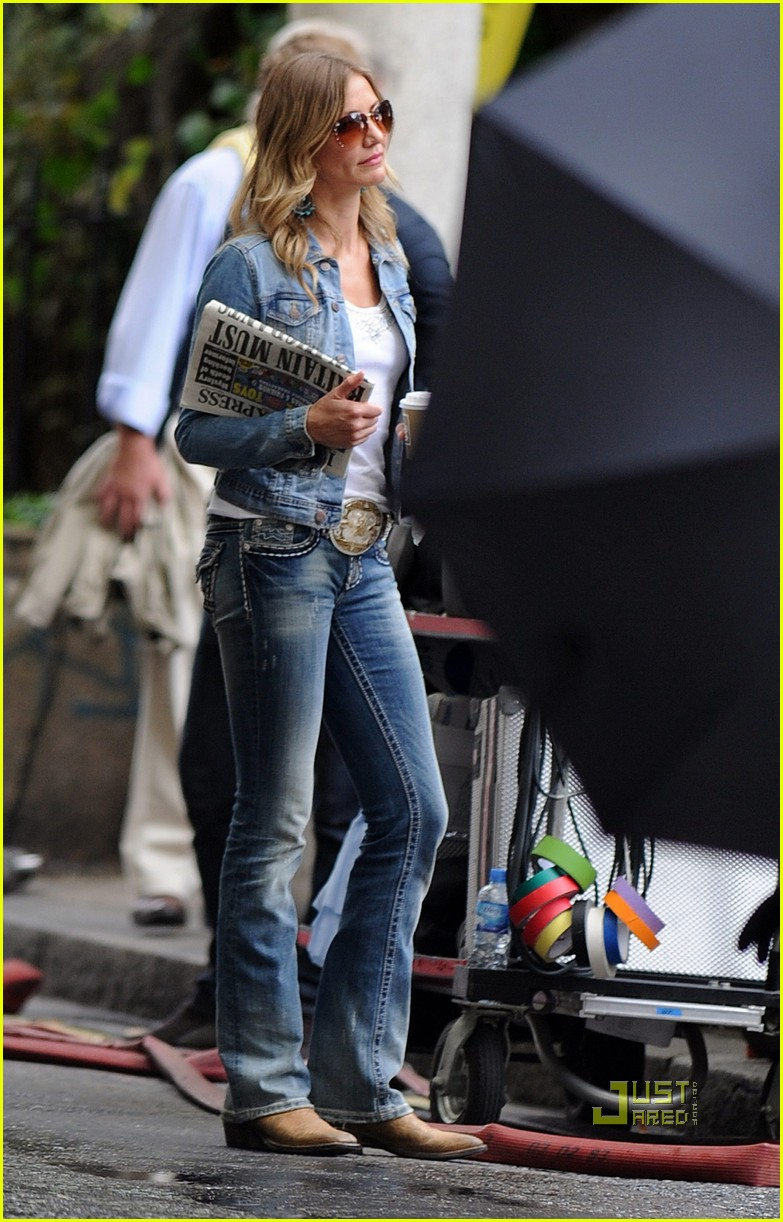 cameron diaz denim jacket gambit 04