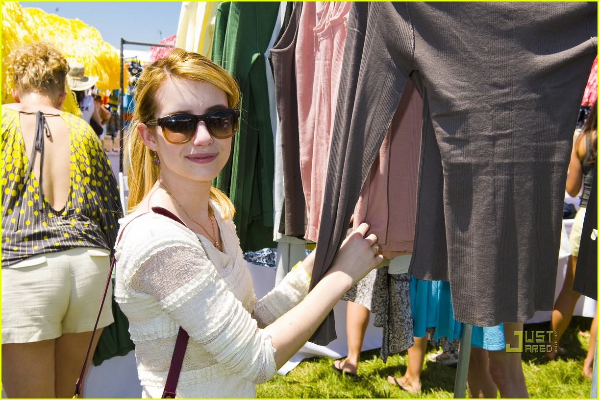 emma roberts chord overstreet super sunday 05
