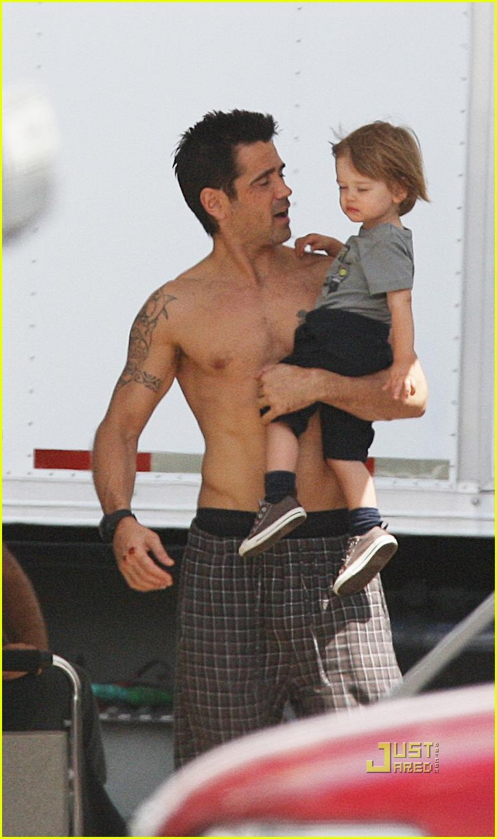 colin farrell shirtless son total recall 01