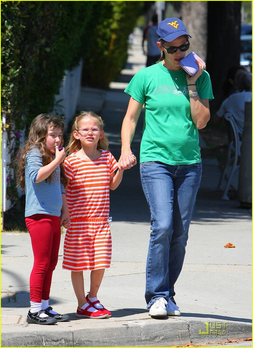 jennifer garner playdate with violet 07