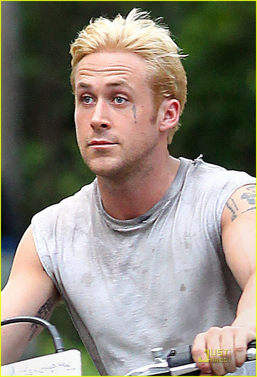 ryan gosling bleached blond hair 042564339