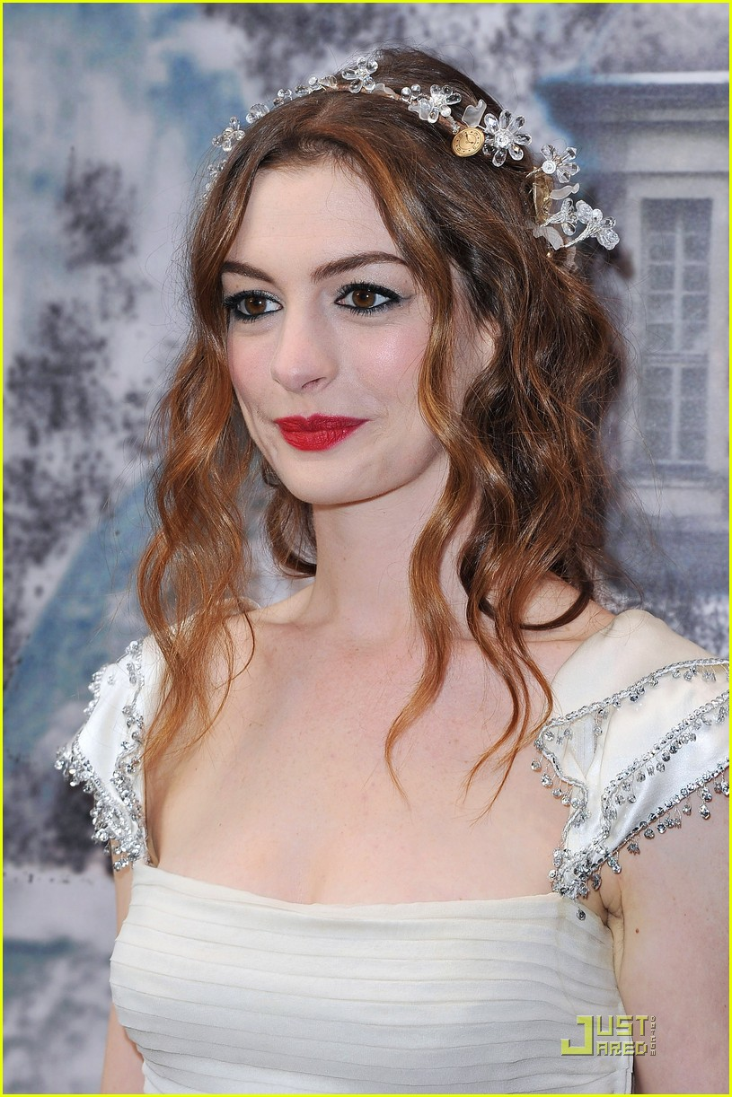 anne hathaway love ball 15