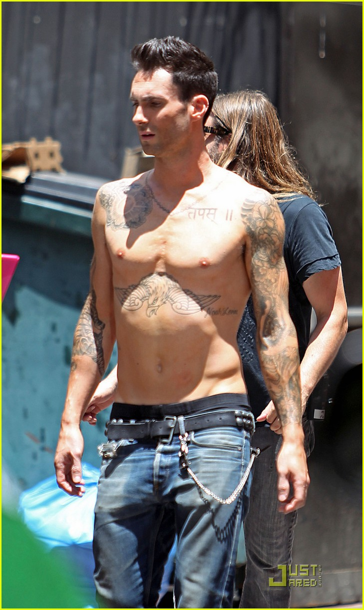 adam levine shirtless on music video set 01