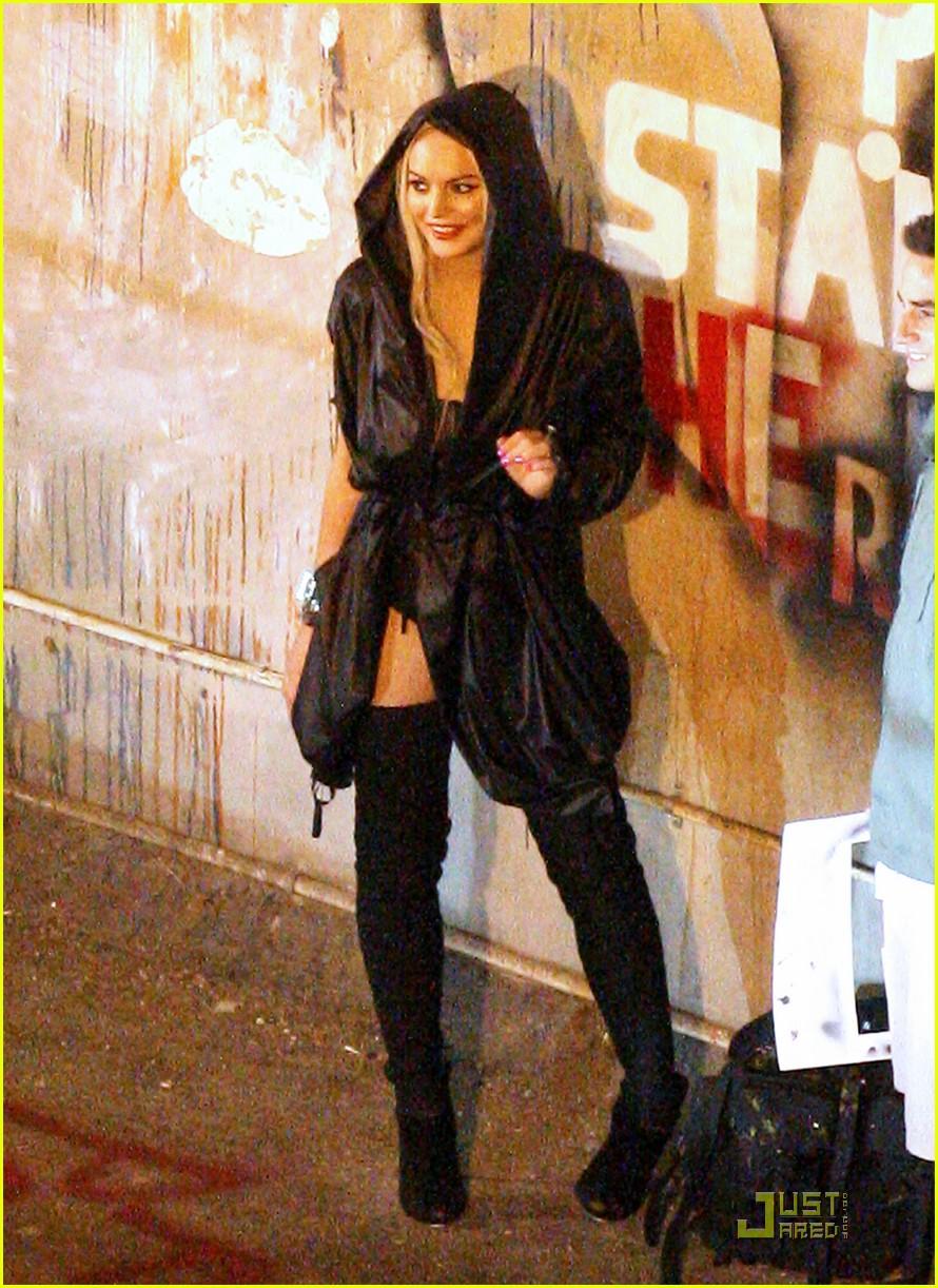 lindsay lohan graffiti 032561210