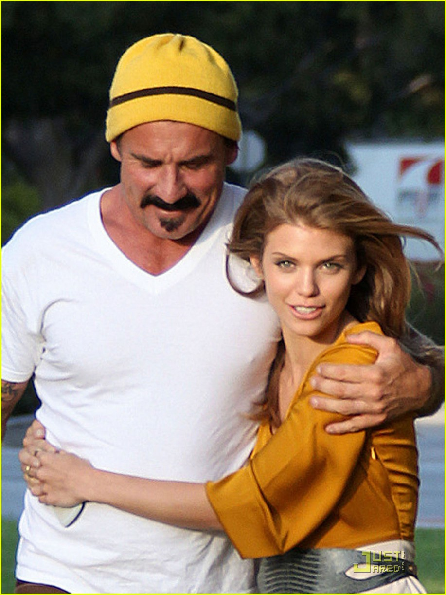 annalynne mccord dominic purcell new couple 02