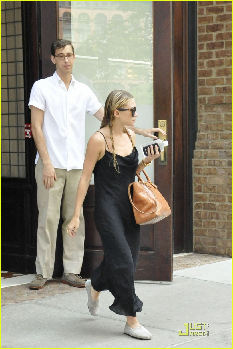 ashley olsen handbag line 01
