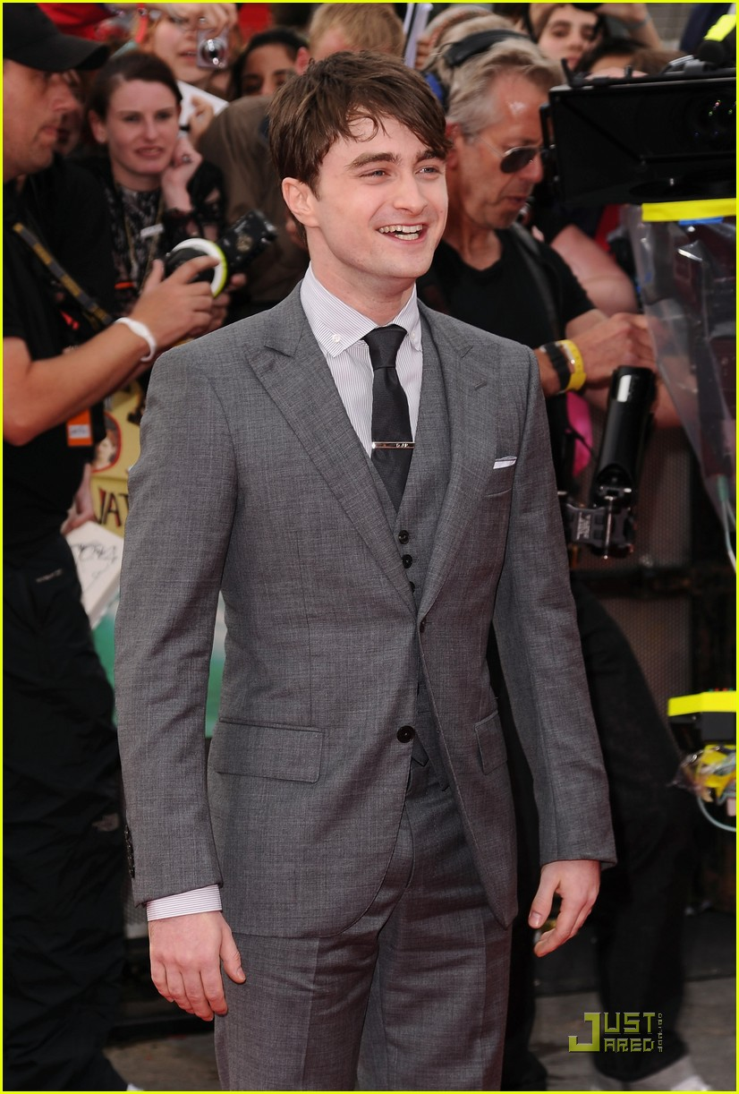 daniel radcliffe rupert grint deathly hallows premiere 32