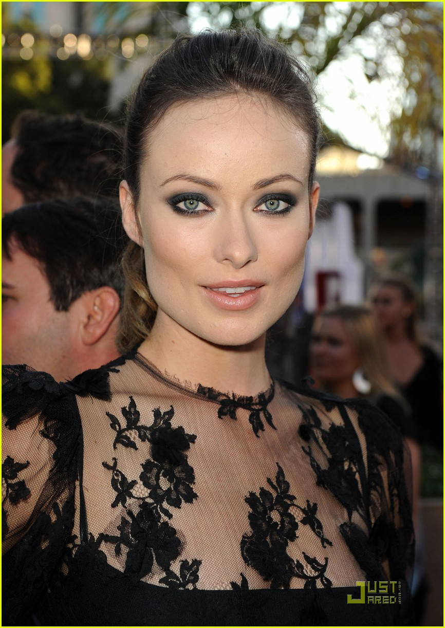 olivia wilde cowboys aliens 01