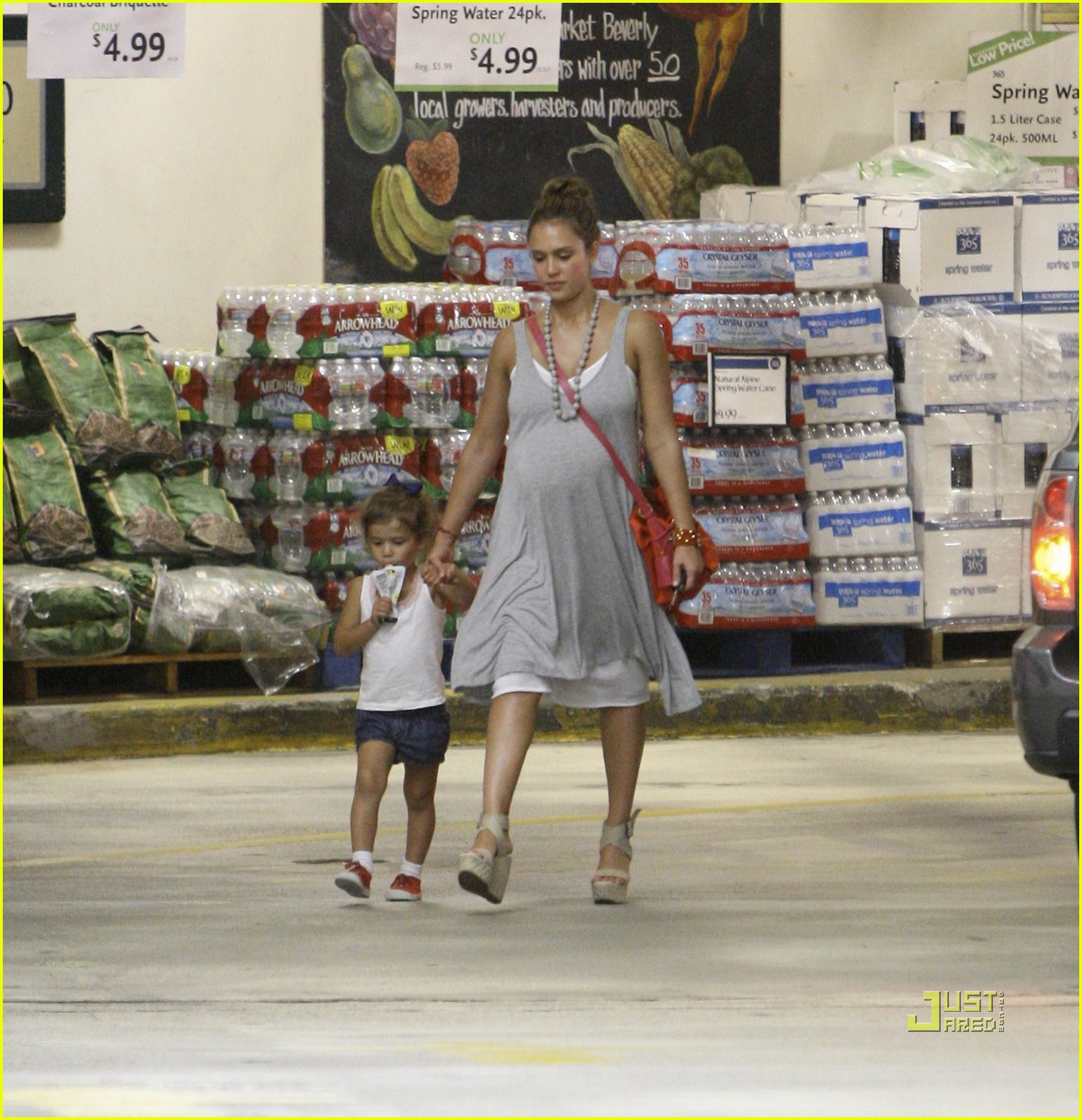 jessica alba honor whole foods 03