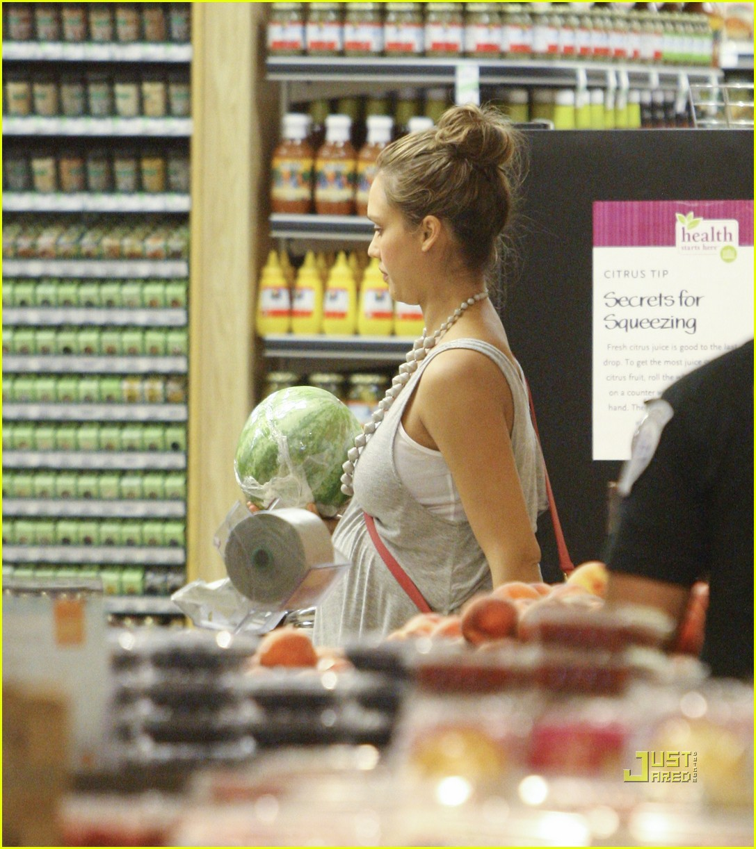 jessica alba honor whole foods 10