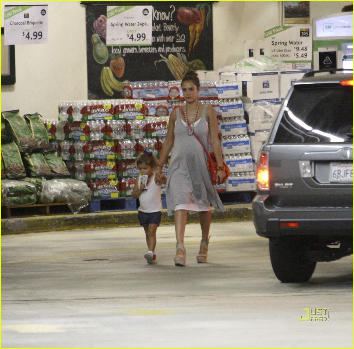 jessica alba honor whole foods 142566239