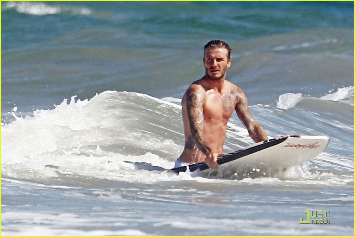 david beckham shirtless beach 04