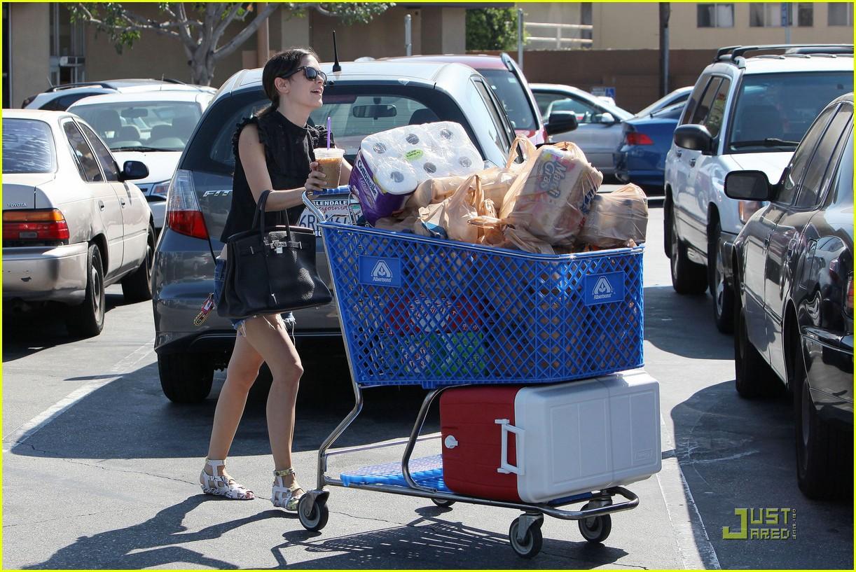 rachel bilson grocery girl 14
