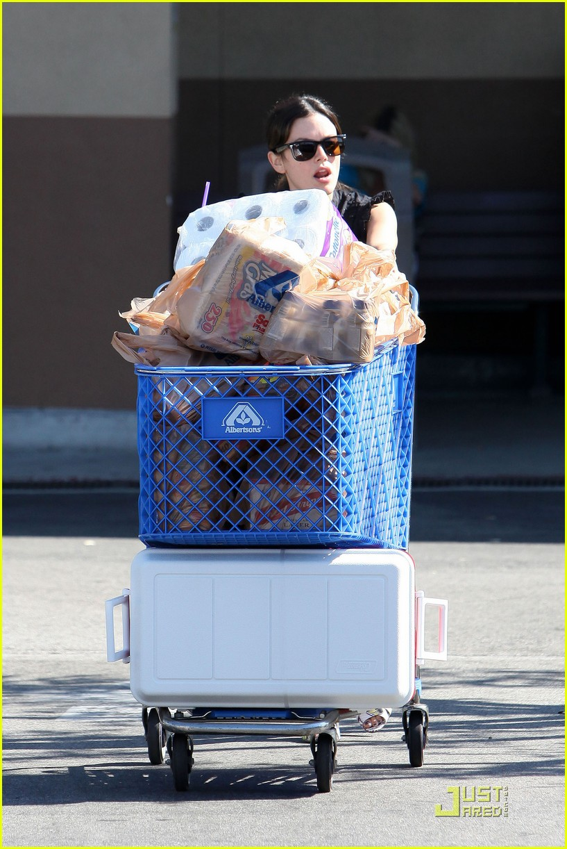 rachel bilson grocery girl 15