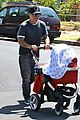 selma blair jason bleick arthur walk 02